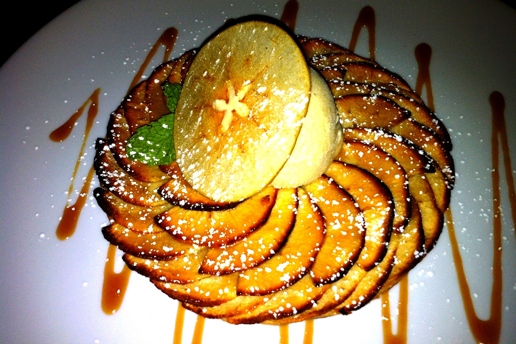 Halloween Apple Tart, Cinnamon Ice Cream