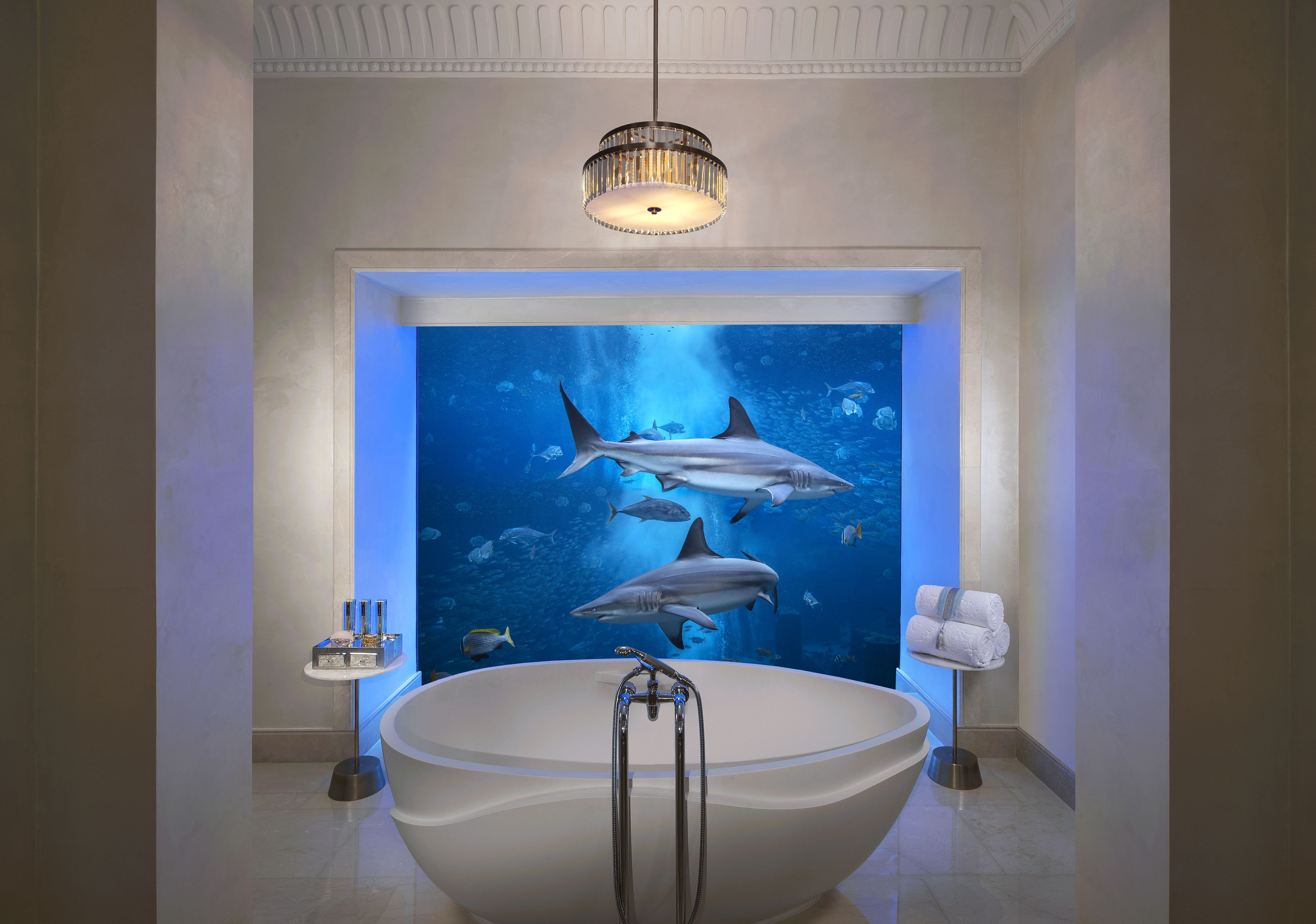 atlantis-underwater-suite-bathroom